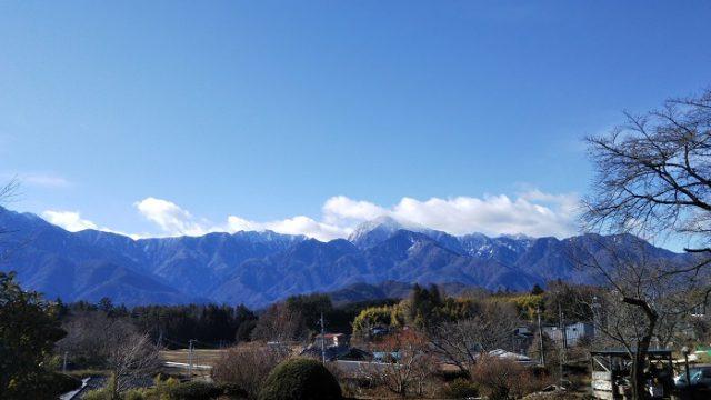 旧日野春小学校からの甲斐駒ヶ岳の写真