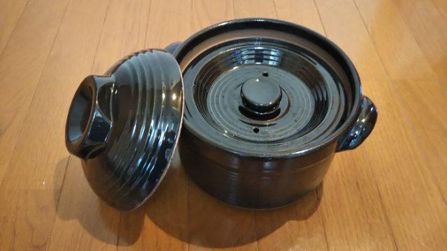 炊飯土鍋の外蓋を外した写真