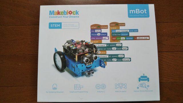 mBotのパッケージを撮影した写真